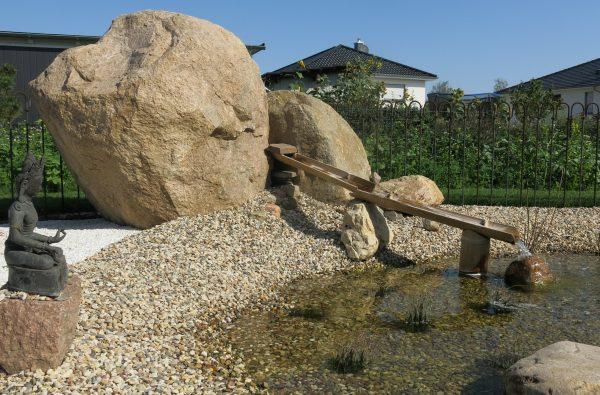 Teich im Garten bei Human Unfoldment  Leipzig