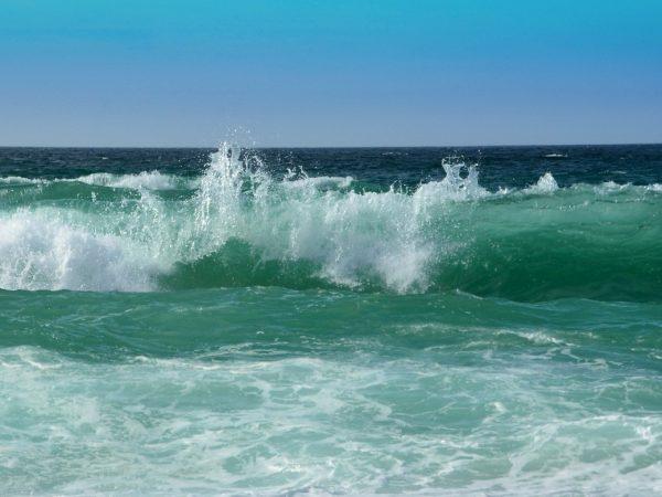 Ozeanwelle als Bild der Atemwelle im Pranayama